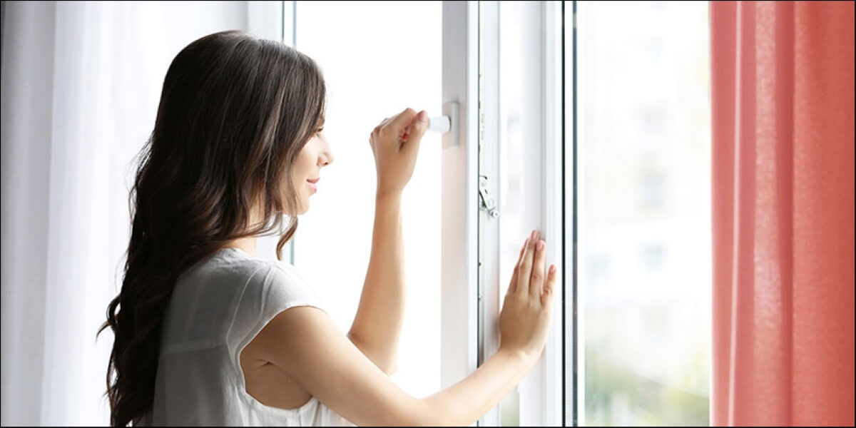 On A Hot Day, Should You Keep Your Windows Open Or Closed?