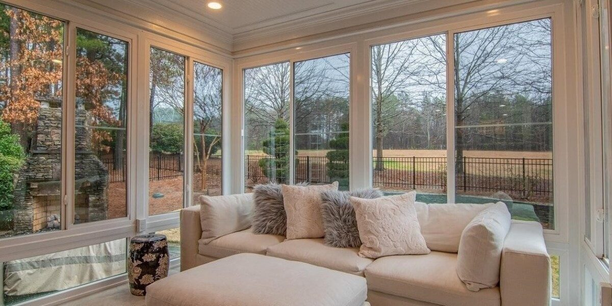 How to Choose and Maintain Your Windows, Curtains, and Blinds