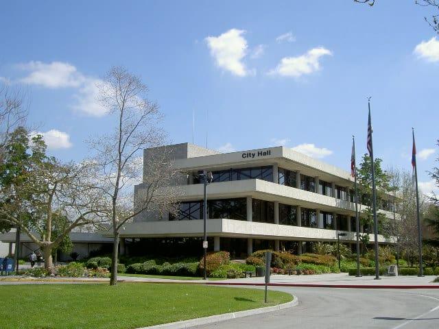 Downey City Hall | Wikimedia Commons:Rafajs77