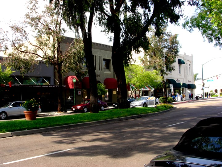 Grand Avenue, Downtown Escondido | Wikimedia Commons